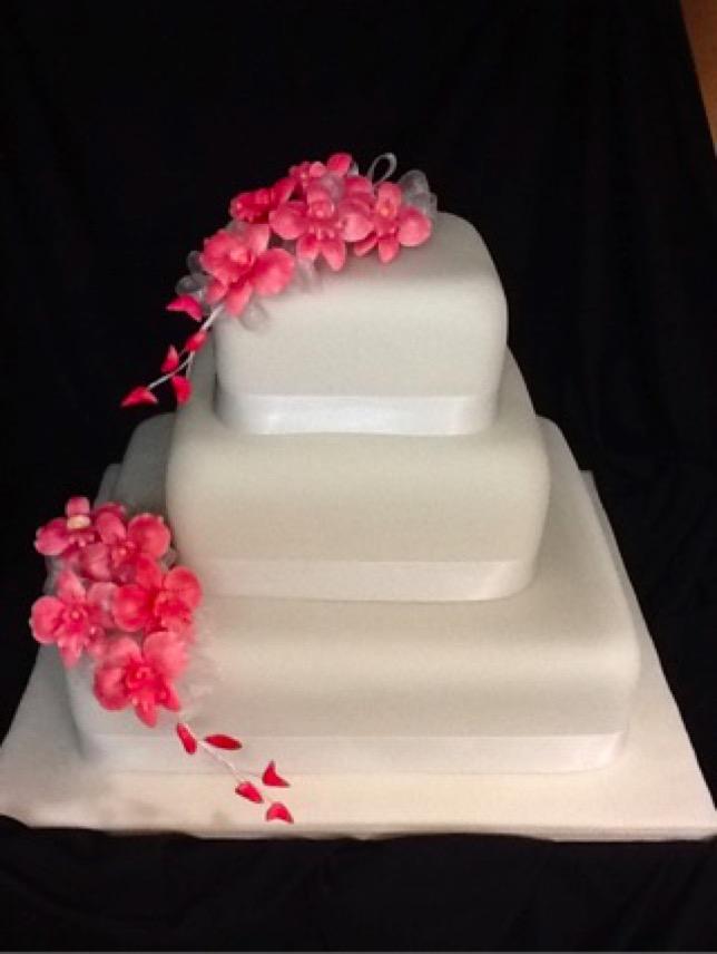 Janine S Cake Art : Three & more tier wedding cakes